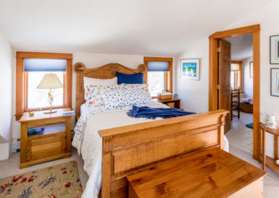 Vermont Bedroom | Vermont Icelandic Horse Farm & Lodging in Waitsfield